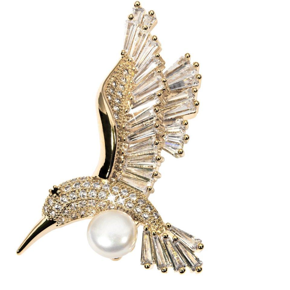 Brož s bílou perlou zlacená