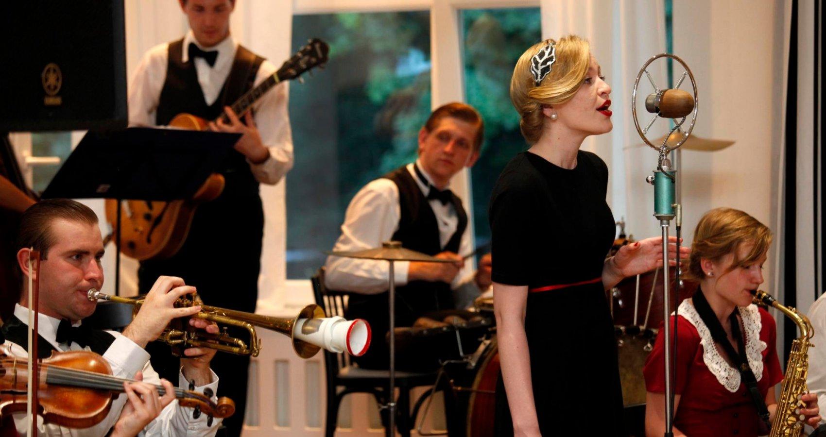 Taneční večer v restauraci Piano