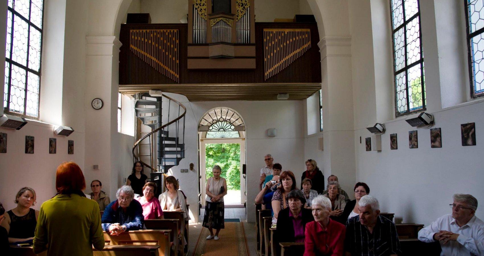 Prohlídka kostela s besedou