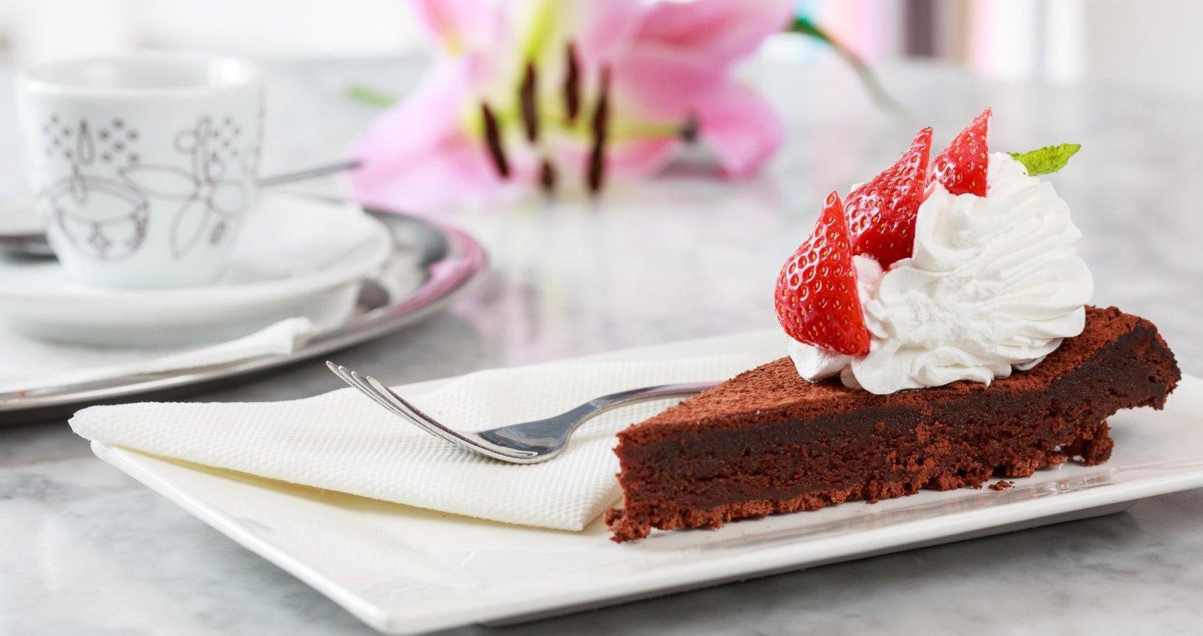 Čokoládový dort s kávou