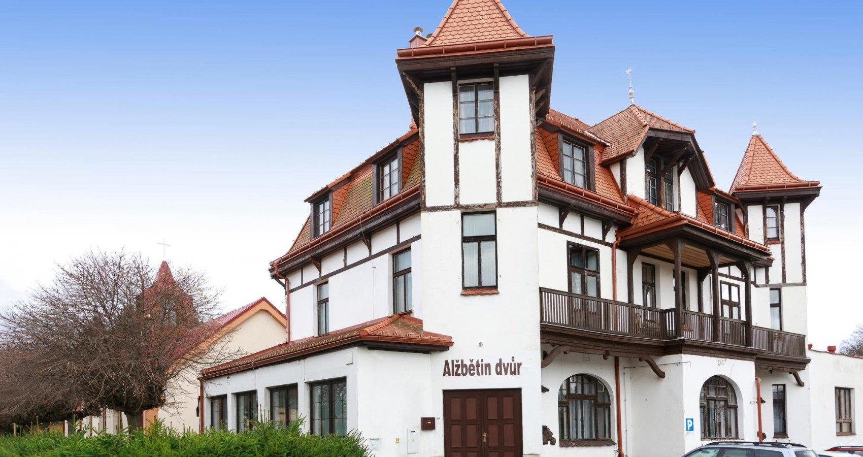 Lázeňský dům Alžbětin Dvůr