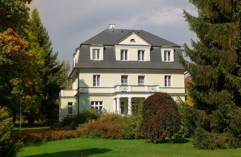 Haus Purkyně ***