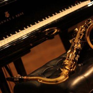 Večer pro klavír a saxofon
